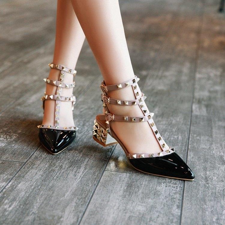 Sandales femme dames d'été de femmes Talons valentine Chaussures Femme Pompes pour Pointu Toe chaussures Femmes Chaussures chaussure femme MX200620
