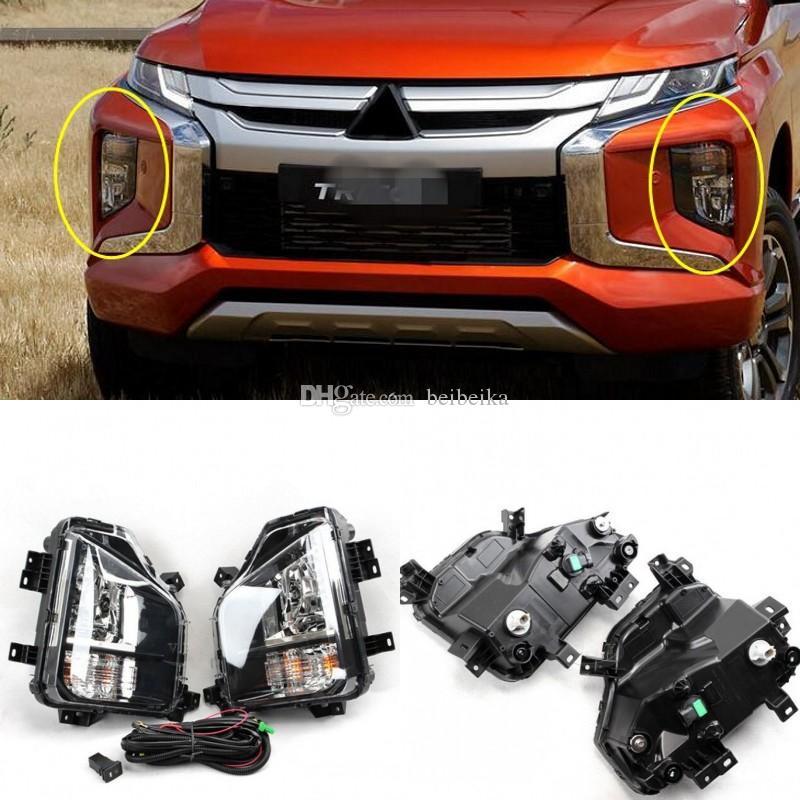 Araba OEM Ön Tampon Sis Lambaları Işık Komple Seti / Mitsubishi L200 Triton 2019 2020 için 1SET Uyumlar