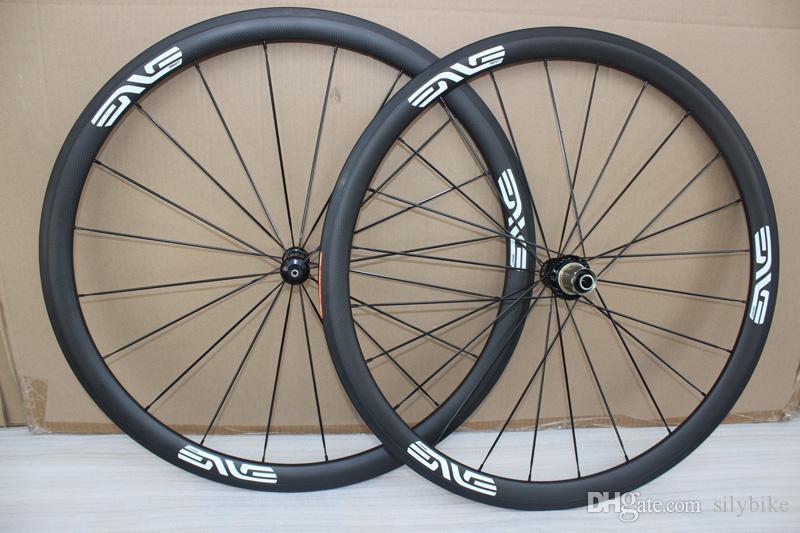 2018 Neueste Vollradfelge aus weißem Rad 38 mm-Felge mit Novatec 271 Naben