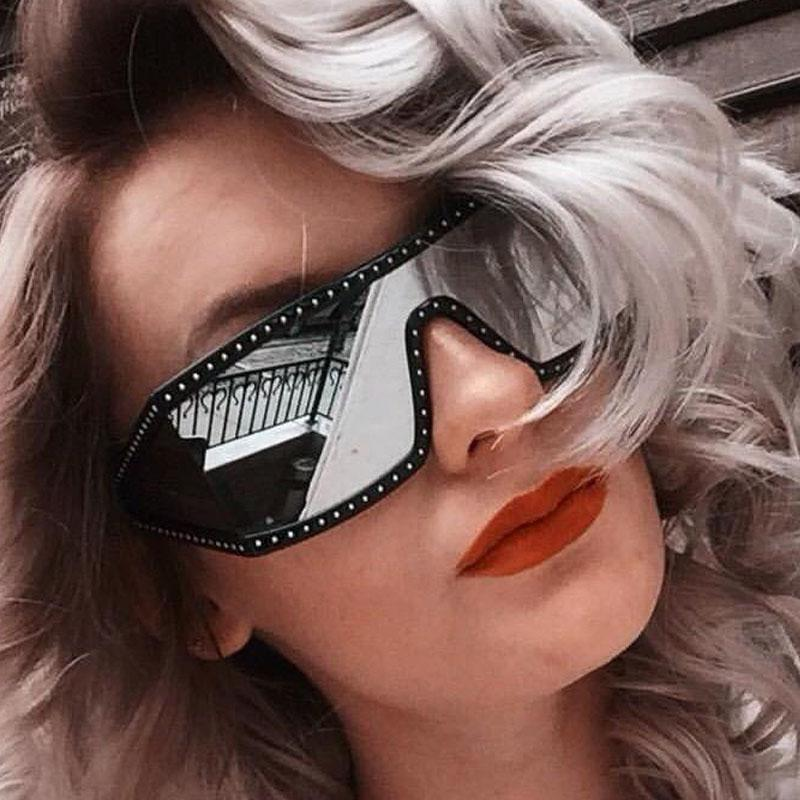 Erkek Kadın Lüks Tasarımcı Güneş 2020 Moda Elmas Büyük Çerçeve Güneş Bayanlar Cam Ücretsiz Kargo Gözlükler Gözlükler Ayna