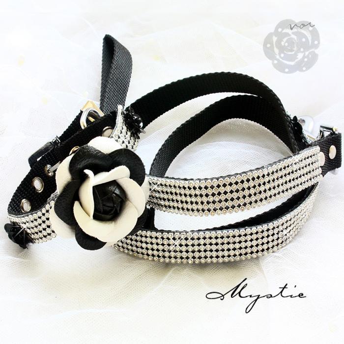 Cuellos de perro Cleas Set Blanco y negro Classic Camellia Bling imitación Diamantes Collar de mascotas Accesorios