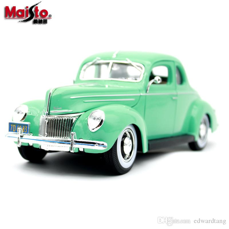 Alloy Car Model Toy, 1939 Ford Deluxe Classic Car, Big Size 1:18, High Simulation, for Party Kid' Birthday Gift, Collection, Home Decoration