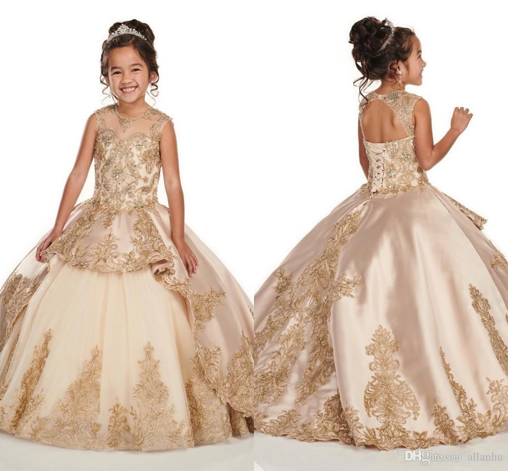 3D Floral Applique Lace Champagne Girls Pageant Vestidos 2020 Cap Sleeve Jewel Frisado Cristal Duas Camadas Primeira Comunhão Flor Meninas Vestidos