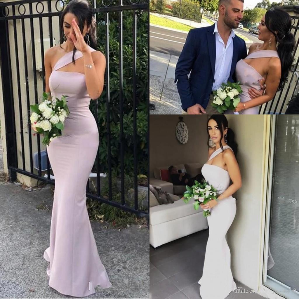 2020 NOUVELLES ARRIVÉRATION Robes de demoiselle d'honneur de Mermaid pour mariages Satin One Sation Sans manches longueur Longueur de la femme de ménage d'honneur