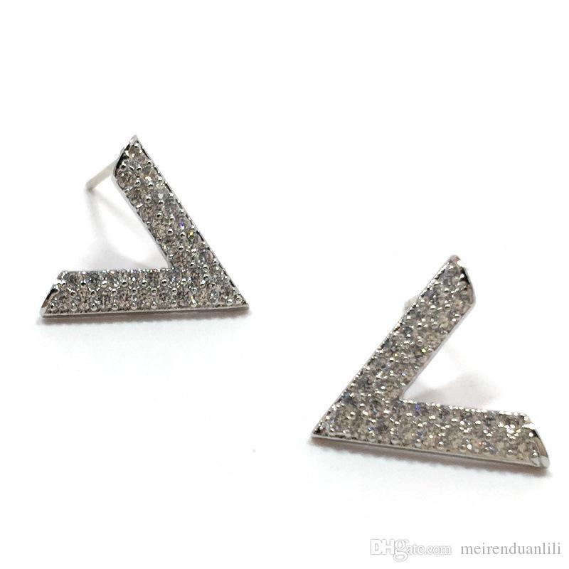 Orecchini a forma di V semplici Orecchini di lusso in argento sterling 925 per donne Brincos Oorbellen Orecchini a forma di lettera semplice in metallo con lettera V