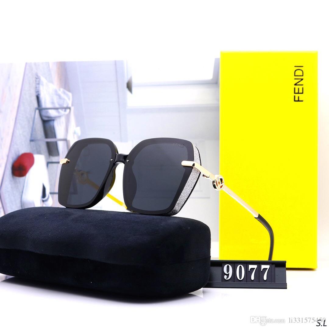 Designer 9077 ffwomen Sonnenbrille Luxusmarken Brillen Außen Shades PC Rahmen Mode Classic Lady Luxus Sonnenbrille Spiegel für Frauen