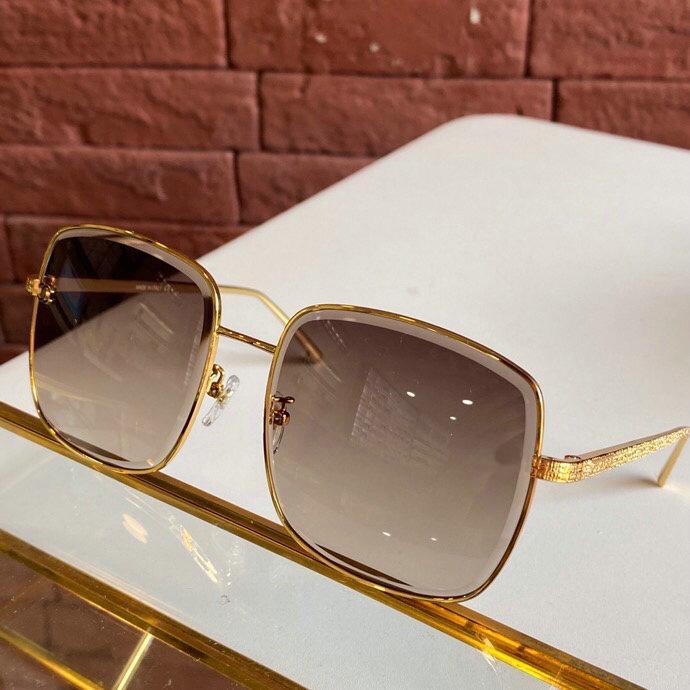 최고 품질 2020 새로운 디자이너 여성의 선글라스 골드 금속 풀 프레임 편광 사례 상자 레이디 야외 스포츠 선글라스 안경