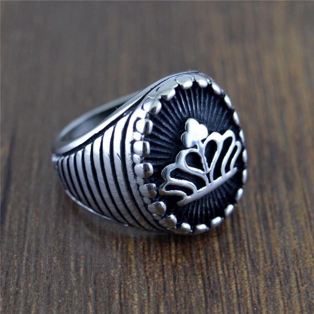 Europeo de la moda caliente de acero 316L de la corona y el estilo americano nunca se desvanecen populares de la personalidad nueva Reto hombres anillos de la joyería Tamaño: 7-13