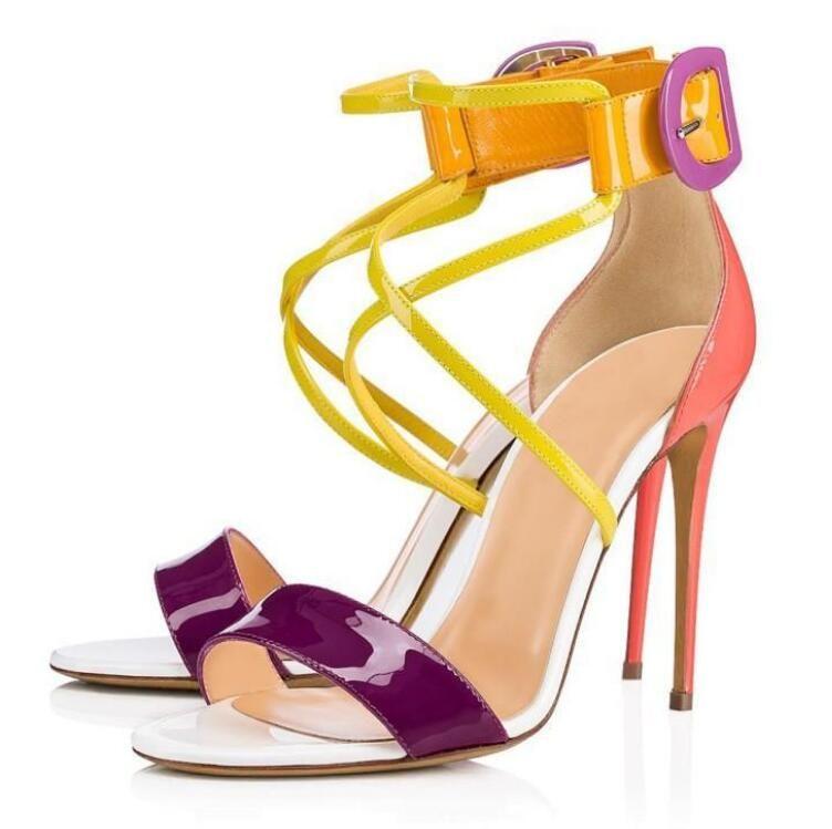Yaz Kadın Gelinlik Yüksek Topuklu Kırmızı Alt Kadın Sandalet, Lüks Adı Tasarım Kırmızı Tabanlık Ayakkabı Sandalet Baskılı Krep Saten