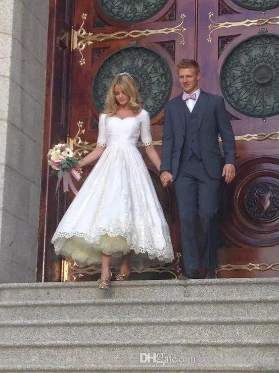 Chá do vintage Comprimento A Linha De Vestidos De Noiva Com Mangas Curtas Capela Lace Appliqued Vestido De Casamento Para Noivas Plus Size