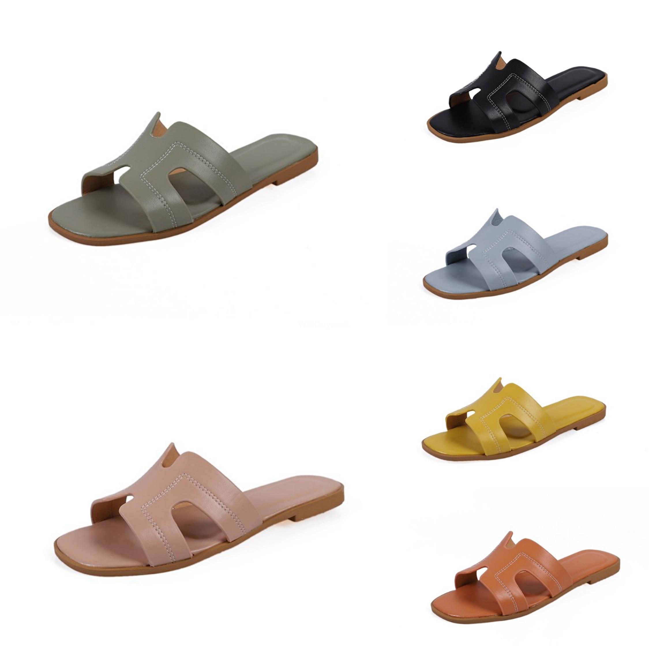 Verão Designer 2020 Salto Mulheres PVC transparente Baixa Flats Chinelos Ouro Cobra Imprimir Plano Chinelos Flip Flops Plus Size Shoes 09C # 226