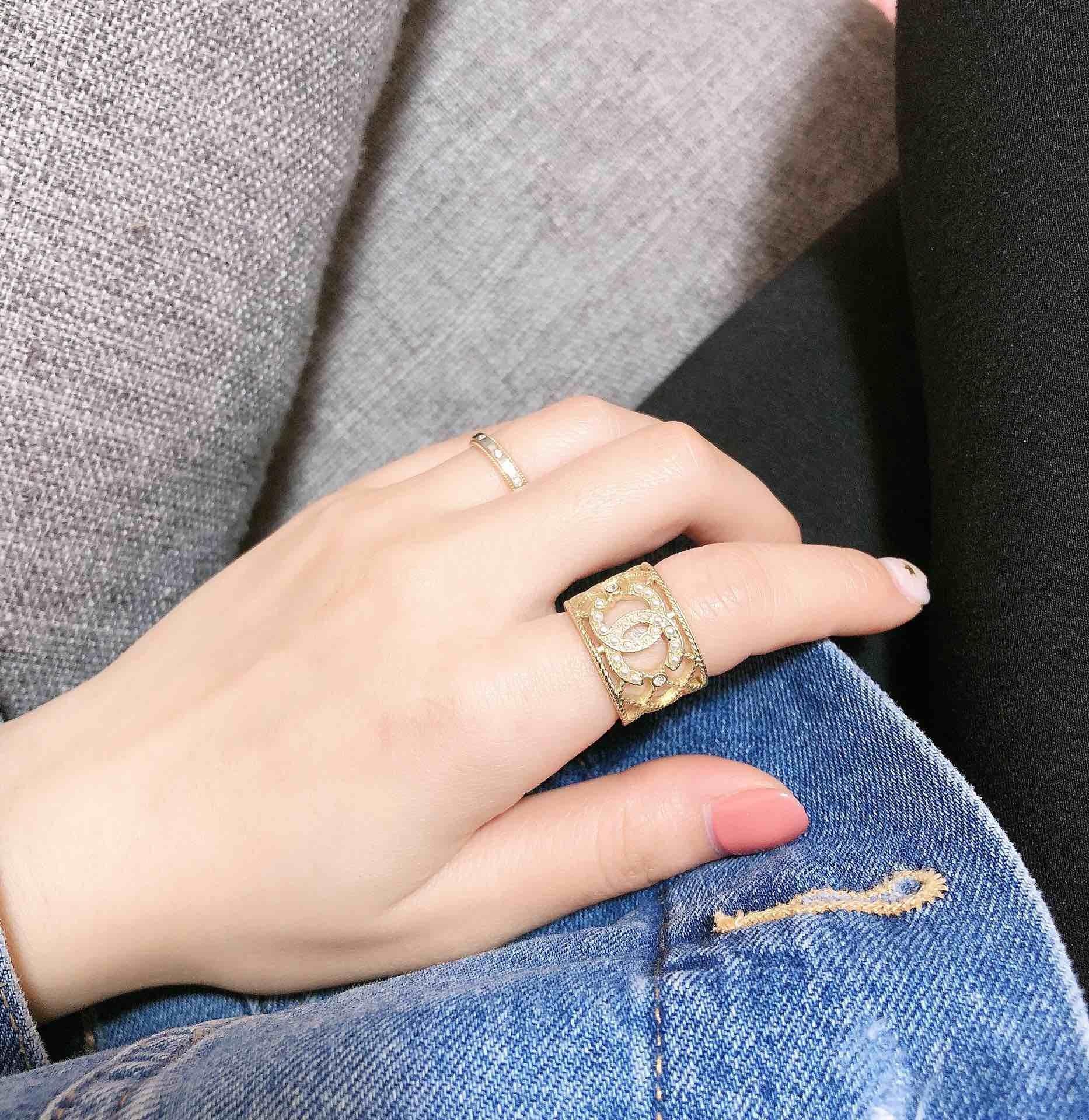 All'ingrosso-donna Anello superiore Brass monili di modo selvaggio perla regalo di San Valentino Anello di alimentazione