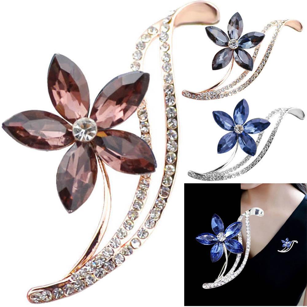 Cristal strass Broche fleur Lapel collier costume famille ami femmes Fille amant Pin Bijoux Fashion Cadeau Accessoires de mariage
