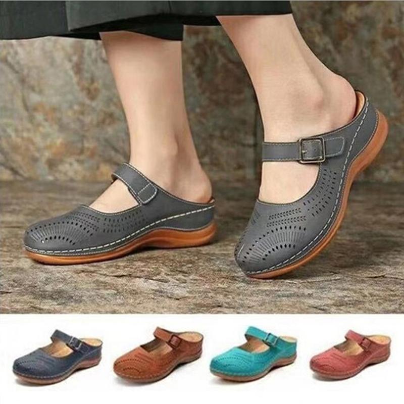 2020 neue Frauen-flache Schuhe Pantoletten für Damen PU-Leder-Rundkopf Sandalen geschlossenen Zehe-Sandelholz-Frauen Slipper Anti-Rutsch-Retro Schuhe CX200613