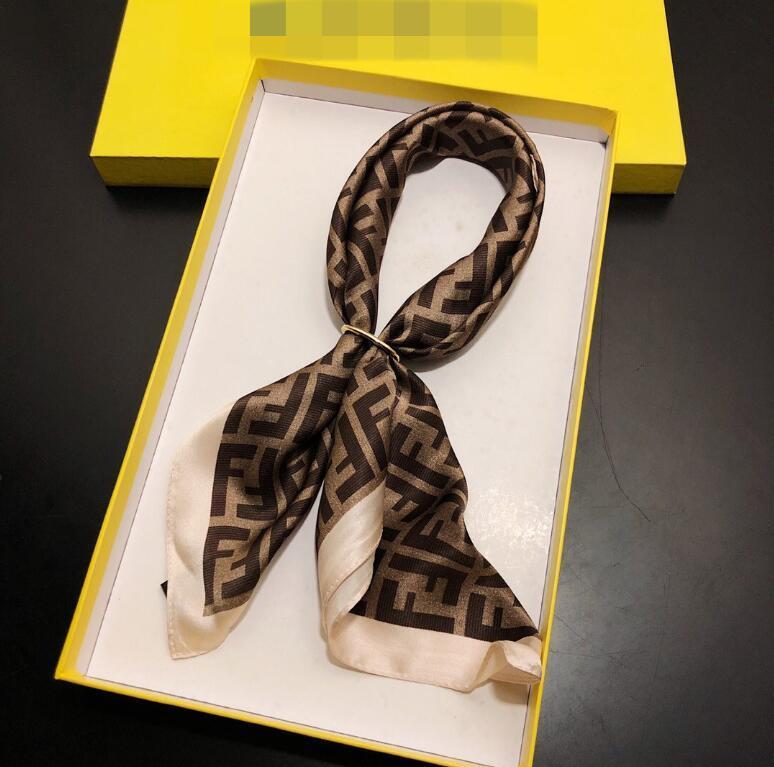 패션 디자인 유닉스 실크 스카프 패션 편지 빅 브랜드 작은 스카프 변수 여성들의 머리 수건 착용 액세서리 활동 선물