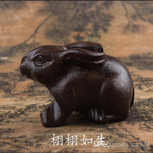 Dongyang hammaddesi Vietnam agarwood Zodyak tavşan el parça oynayan ahşap küçük süsler batan sadakat