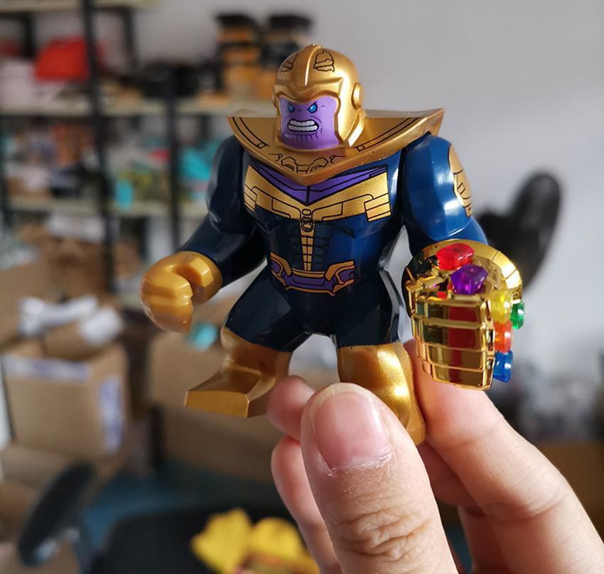 Thanos Pedras Energia Luvas Avengers 3 D032 New Infinito Guerra Homem de Ferro Crianças Brinquedos presente