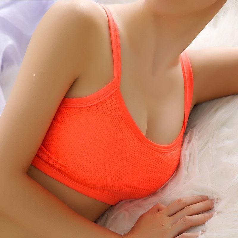 Bra Uyuyan Kadınlar Underwears yastıklı Sütyen Kadın Moda Spor Bras yastıklı Nefes Geri Hollow Tank Top Katı undearwear Kadınlar