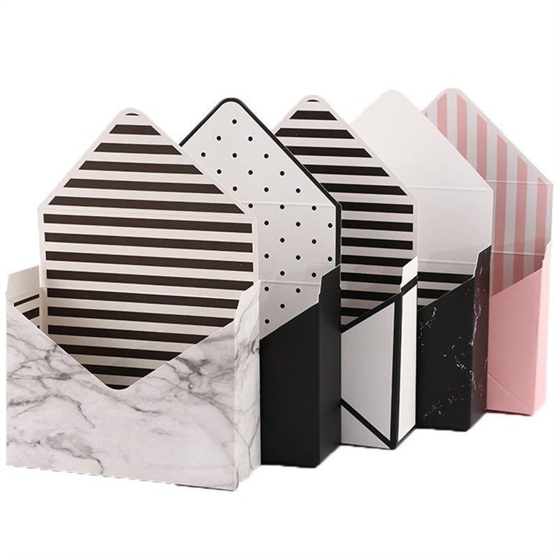 Kreative Envelope-Geschenkbox faltbare Seifen-Blumen-Verpackung Kasten Süßigkeit Container Karton für Weihnachten Hochzeit Supplies 2 2 × m E1