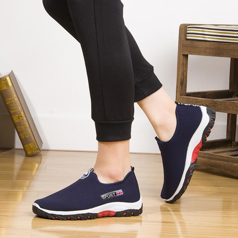 Summer Mesh Hommes Mocassins Chaussures Casual Sneakers Soft Light Slip confortable Respirant hommes sur Chaussures Hommes Chaussures de marche