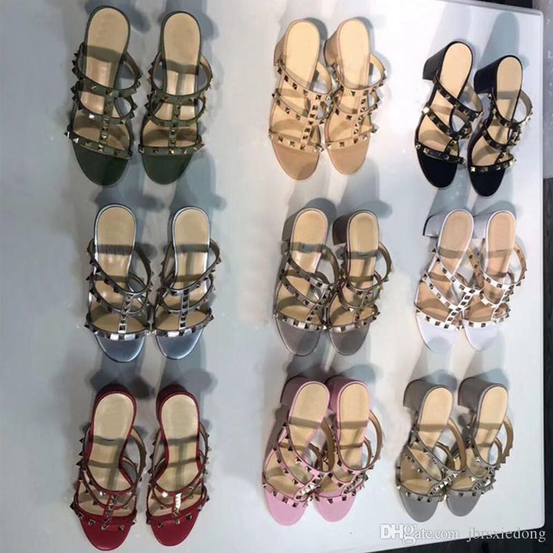 Дизайн Кожаные сандалии Slingback Pumps Дамские туфли на высоком каблуке Женская обувь Модные туфли на каблуках Заклепанные пляжные женские тапочки Большой размер 4