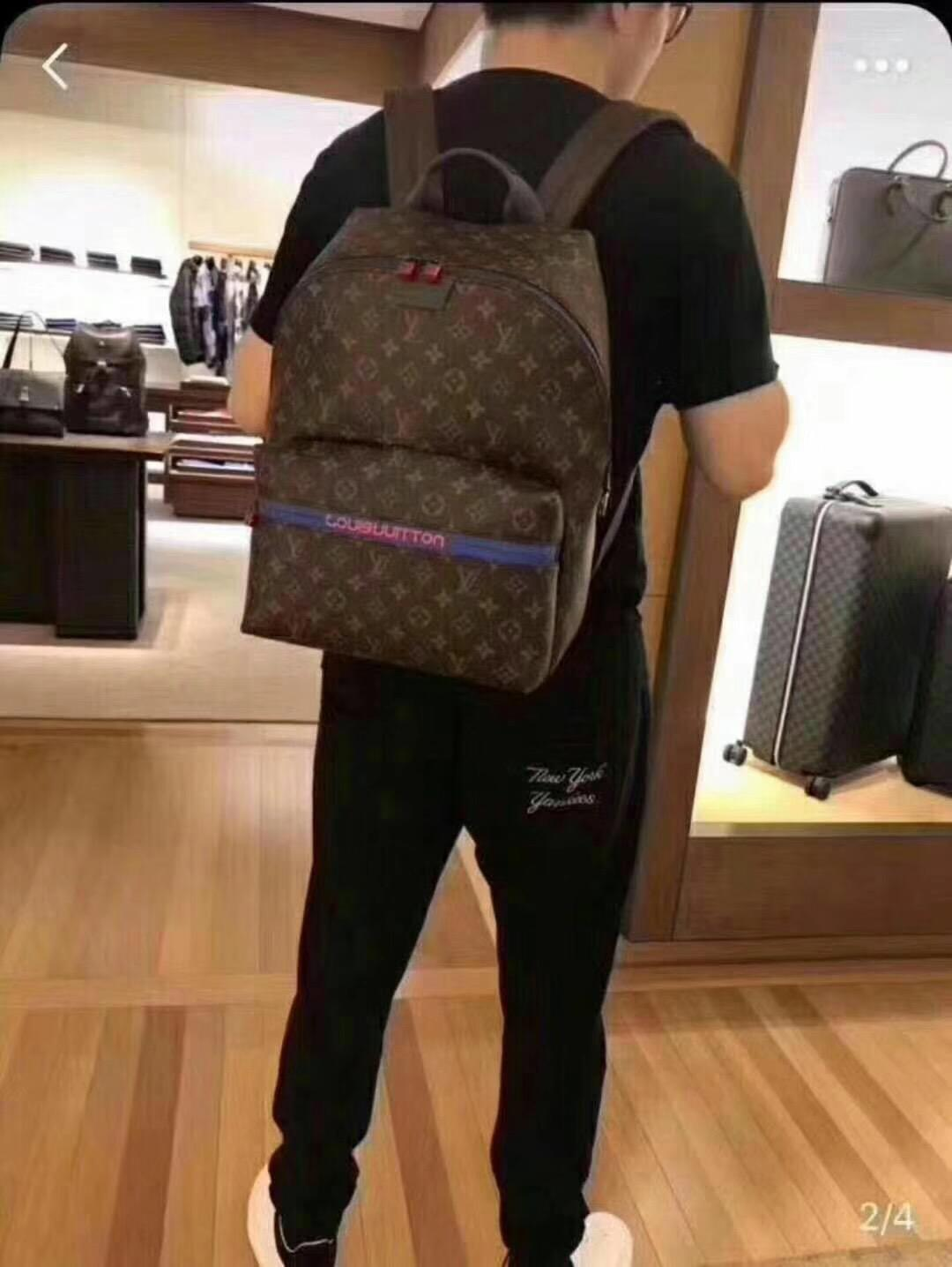 M0LOUIS VUITTON 0 DISCOVERY Backpack 100%