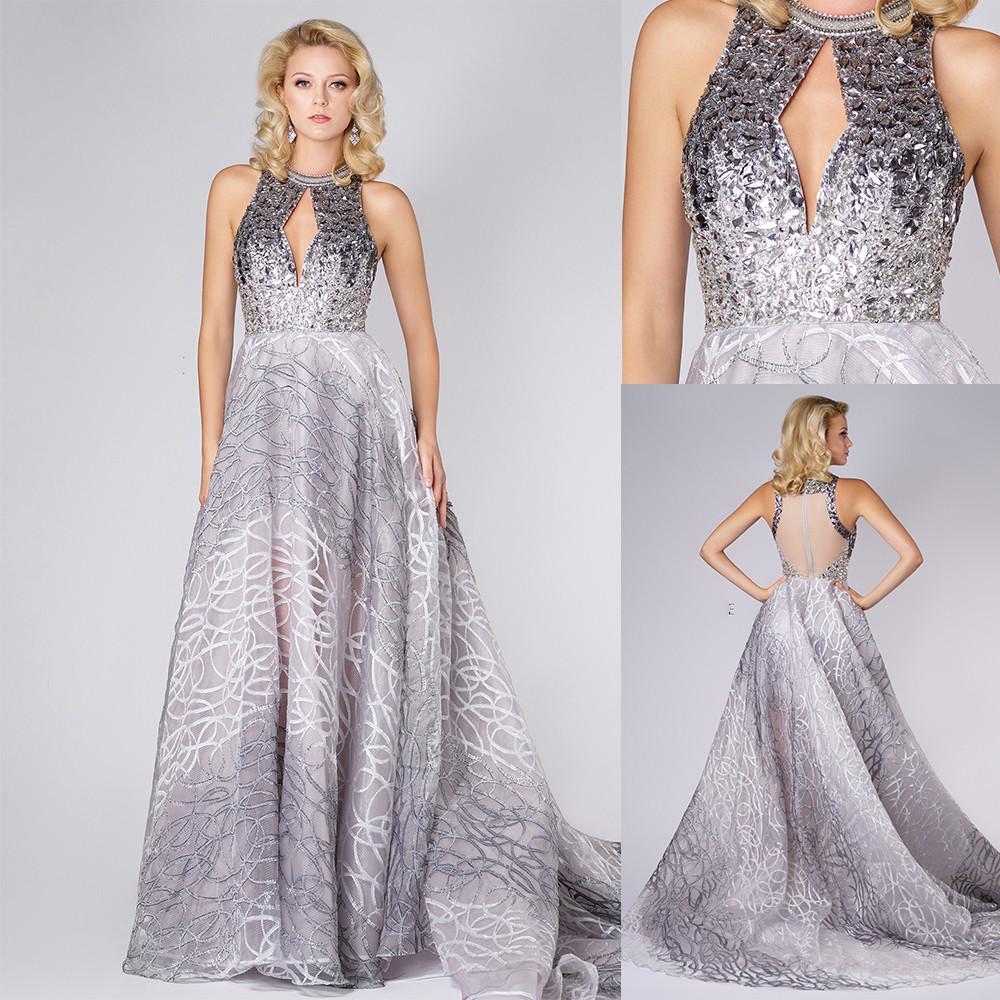 Une ligne Robes de bal Jewel Neck manches Paillettes Perles Parti Tulle Robes de balayage train Robes