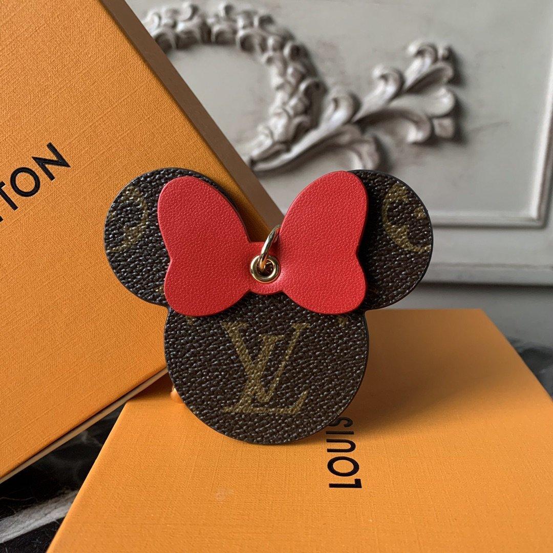 L Best Selling Fashion Keychain Black Grid Keychain with Bag Pendant Car Keychain Spring Ring Pendant Supply Luxury designer bag charms k105