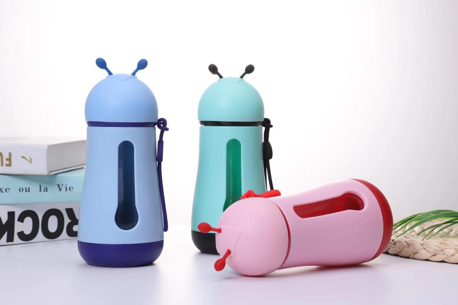 Vendita calda bottiglia di acqua della tazza di plastica di viaggio Kettle plastica Bambini bottiglia regalo acquatici Mug Promozione