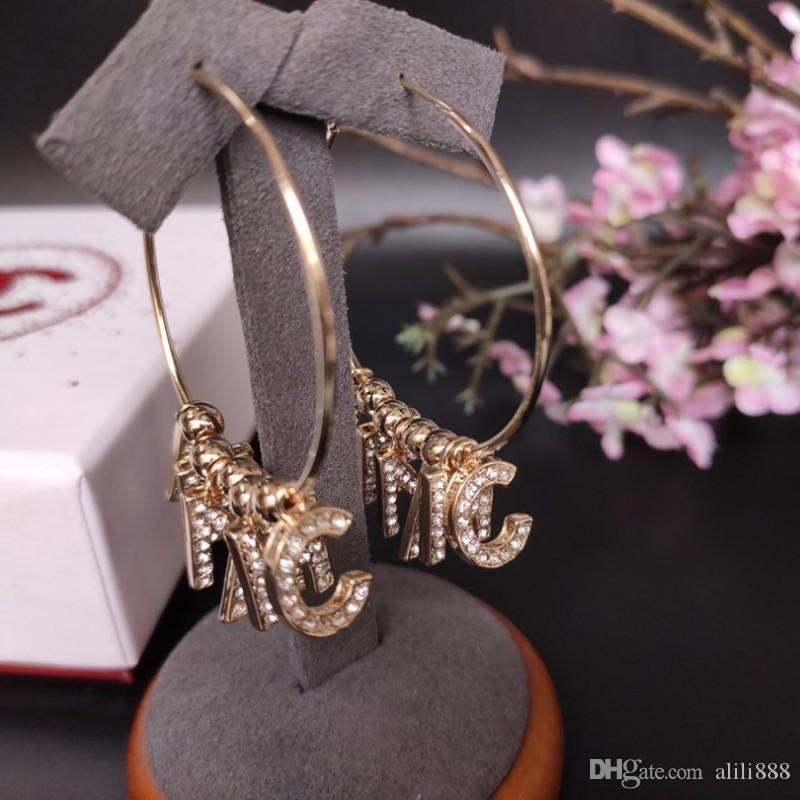 Der Umsatz 2020 neue Stil Schmuck Frauen Engagement Ohrringe Populäre klassische Design Damen luxurys Charm europäischen und amerikanischen Stil Marken