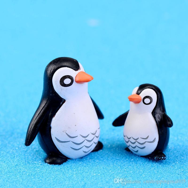 3pcs / lot Padre y el Hijo pingüino muñeca DIY Pequeño Decoración Juguetes Hada adornos de jardín musgo Micro paisaje Crafts