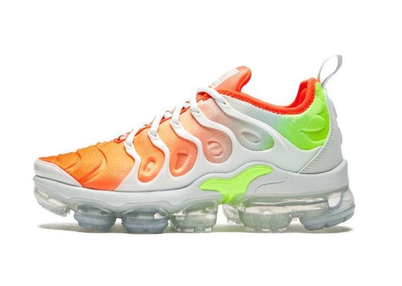 2018 NOUVEAU TN plus Olive métallisé Blanc Argent Colorways Chaussures Hommes Chaussures pour la marche Chaussures Homme Triple Pack sneakerfor Chaussures Hommes