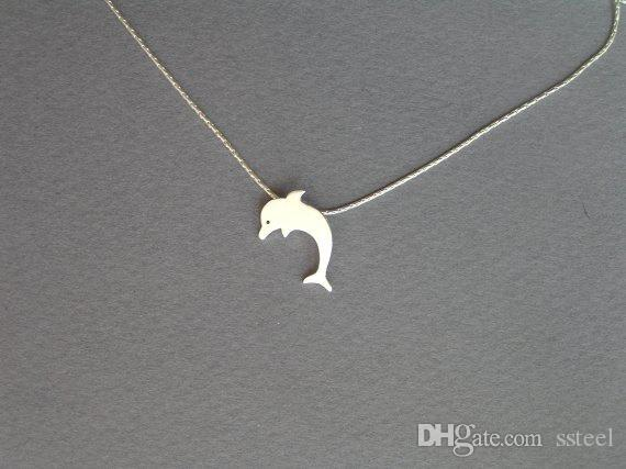 30pcs Lovely Dolphin Charm Necklace Dolphin Ocean Fish Animal Mammals Chain Pendant Necklace Jewelry Gift for Friend