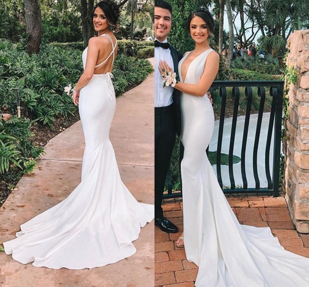 Sexy Deep V Neck Beach Mermaid Wedding Dresses Criss Cross Straps Backless Simple Bridal Gowns vestidos de novia une robe longue pour mar