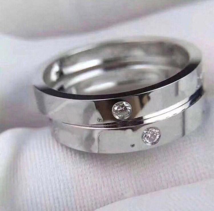 AU750 18K Gold Letter Diamond anneaux pour Lady Mens et Bijoux de fiançailles de mariage pour femmes pour les couples