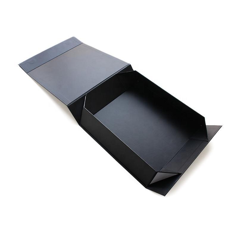 Encargo Encierro magnético MaLamination plegable de papel caja de regalo con brillante Negro Revestimiento UV