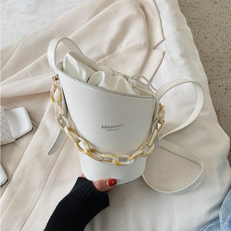 Ins heißen PU-Leder Handtaschen Frauen Tasche Reisetaschen Acryl Eimer Schulter Messenger Lässige Mode Weibliche 2020 für Kette Kleine Omrsl