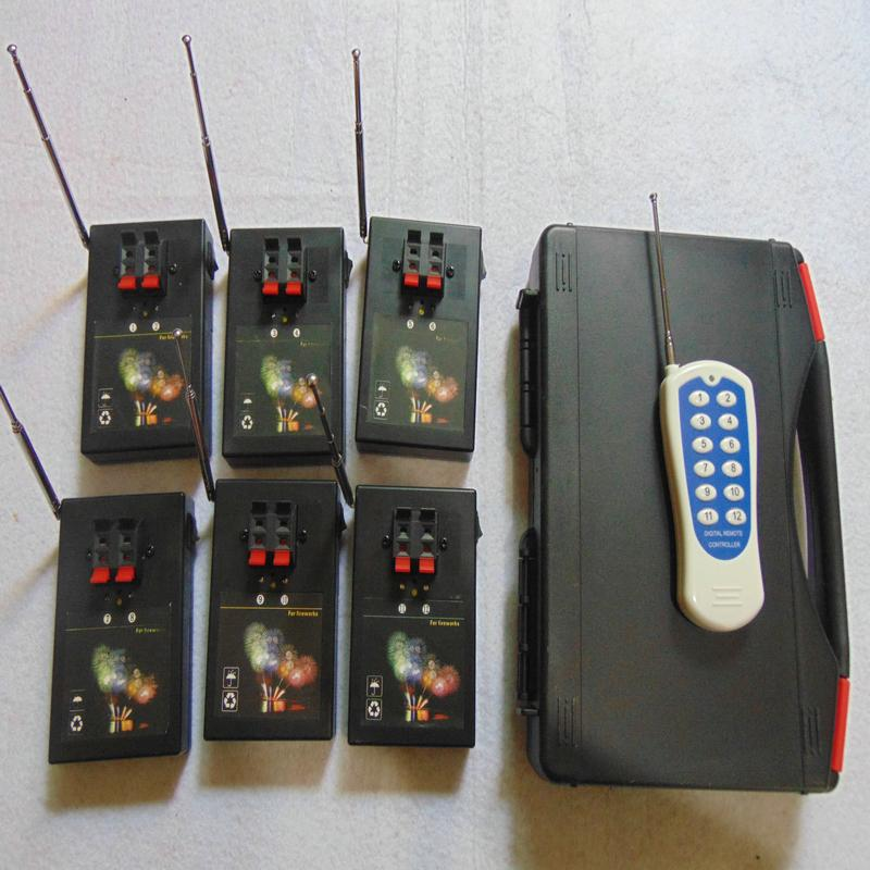 Froid 12 Cues commutateur fil étape Feux d'artifice machine CE FCC émetteur 433MHZ livrer Salvo feu Étape feu FCC feux d'artifice Passed système de mise à feu