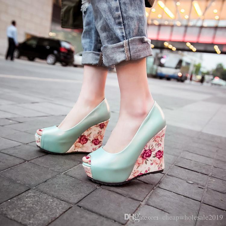 뜨거운 흰색 쐐기 뒤꿈치 신부 결혼식 신발 파란색 엿봄 발가락 높은 뒤꿈치 플랫폼 신부 들러리 신발