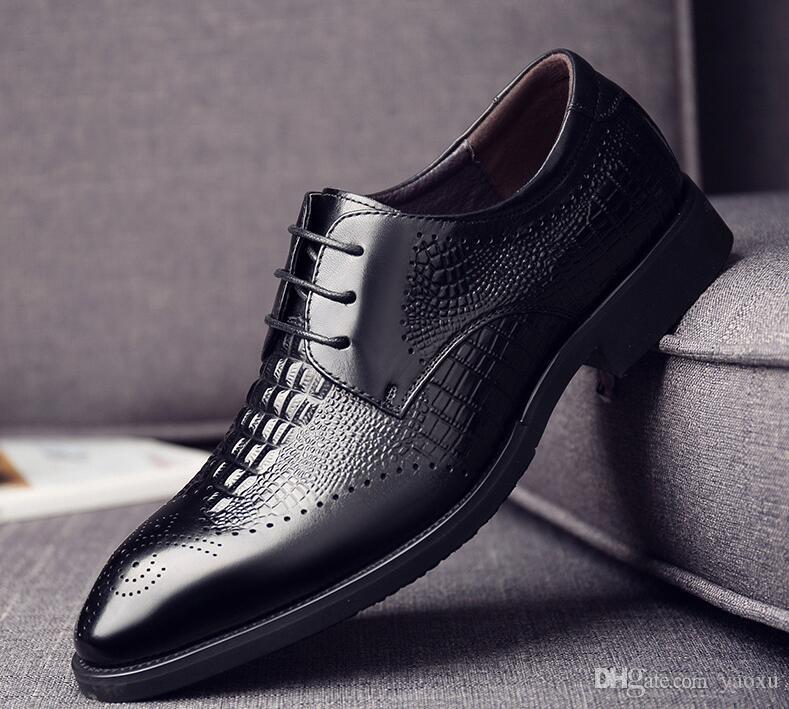 Nouveau mode Chaussure nouvelle véritable de qualité en cuir Hommes Crocodile Head Cuir Automne Bureau Chaussures 38-43 Robe Hommes Chaussures DA051