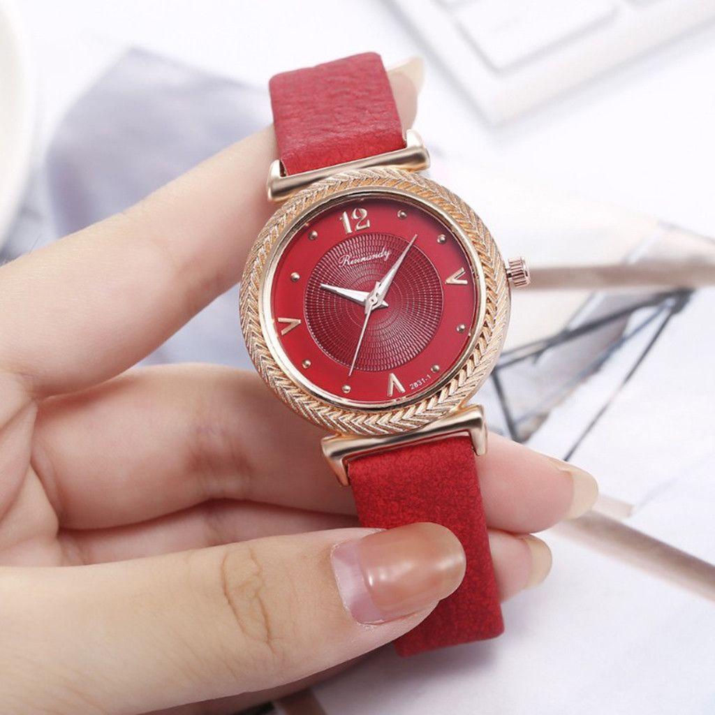 Casual Ladies Belt Assista criativa Ladies Rivet Casual Moda Quartz Relógio de Moda de Nova Wrist Felogio