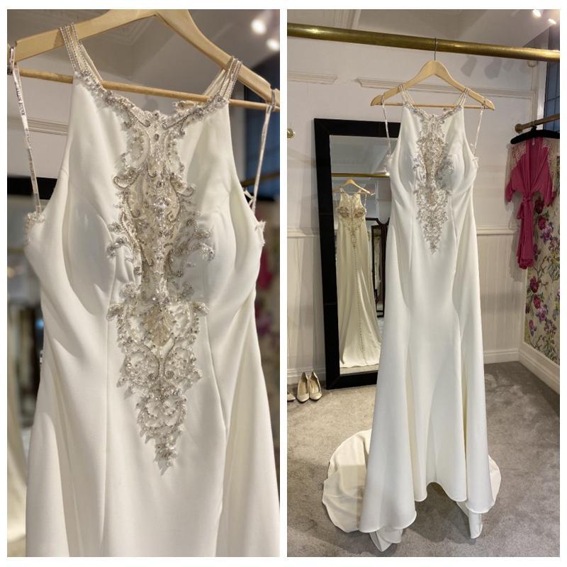 Luxury Spaghetti White Western Wedding Dresses A-Line Crystals Beaded Wedding Dresses Sheer Back Bridal Gowns Court Train Vestidos De Novia