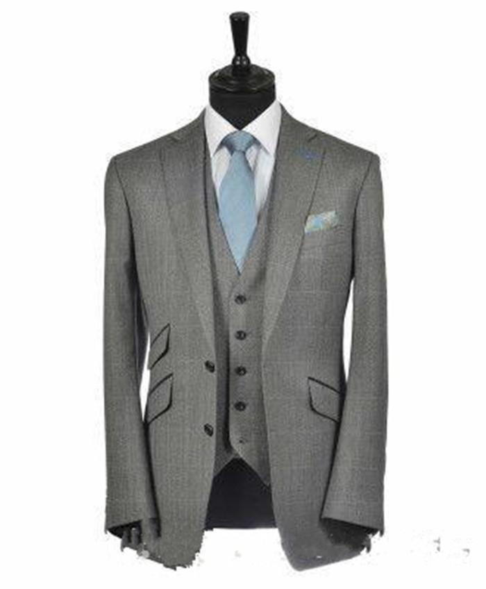 Nuovi Smoking da sposo Groomsmen Due bottoni Notch con risvolto Best Man Suit Abiti da uomo Blazer per uomo Custom Made (Jacket + Pants + Vest + Tie) 1384
