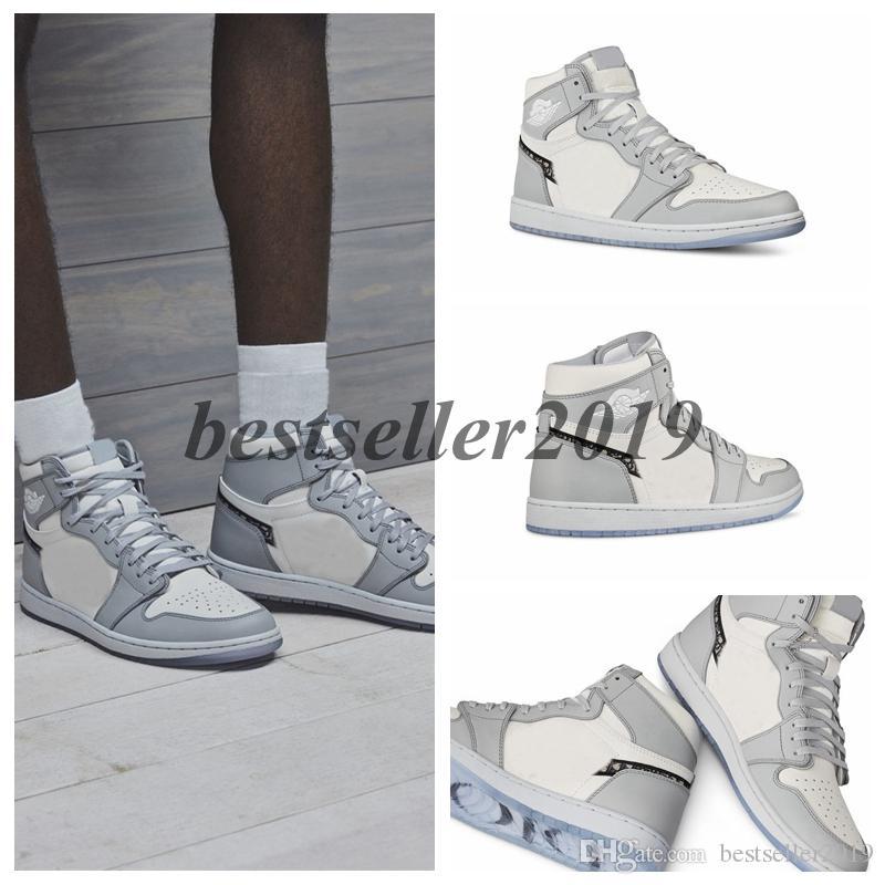 Pas cher 1 High OG Gris 2020 Hommes Basketball Chaussures Designer Chaussures Baskets 1s embossé sur les paniers inférieurs cristal supérieurs