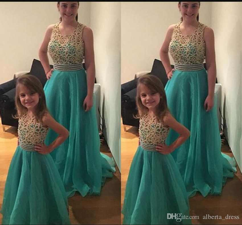 Fashion Mother And Daughter Prom Dresses Scoop Neck Sleeveless Beaded Top Tulle Sweep Train Evening Gowns Custom Made Pageant Dresses