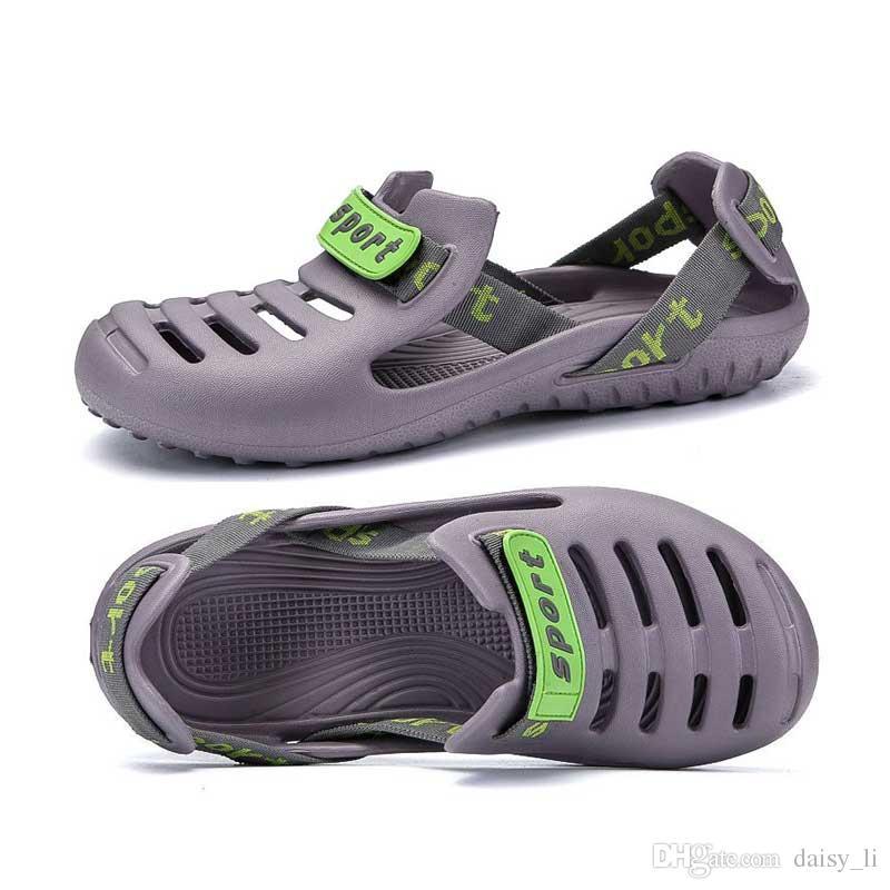 Sandali uomo nero estate 2019 nuovo blu paio buco scarpe da uomo gelatina scarpe da uomo traspirante scarpe da spiaggia sandali calzature grigio # 69