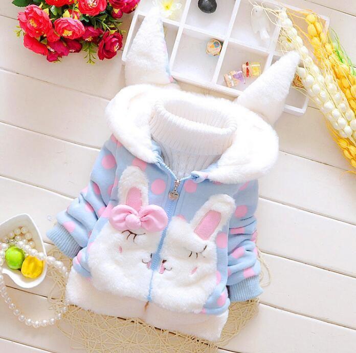 Детская одежда Зима Девушки Хлопок Детская Зимняя куртка Плюс Velvet Dot уха кролика с капюшоном куртки маленьких детей размер 100c