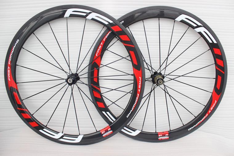 أسود أحمر اللون A12 F5R 700C الدراجة الطريق الكربون عجلات أنبوبي 50mm الفاصلة البازلت الفرامل الكربون دراجة العجلات