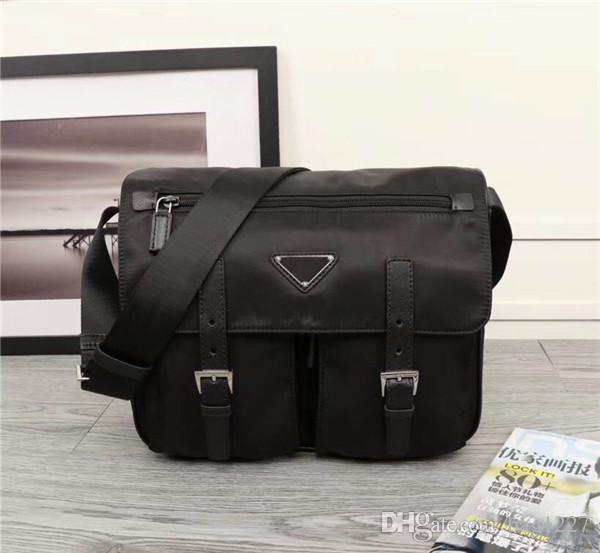 Küresel ücretsiz kargo klasik lüks paket Tuval deri inek derisi erkek omuz çantası en kaliteli çanta 1738 boyutu 30 cm 23 cm 12 cm