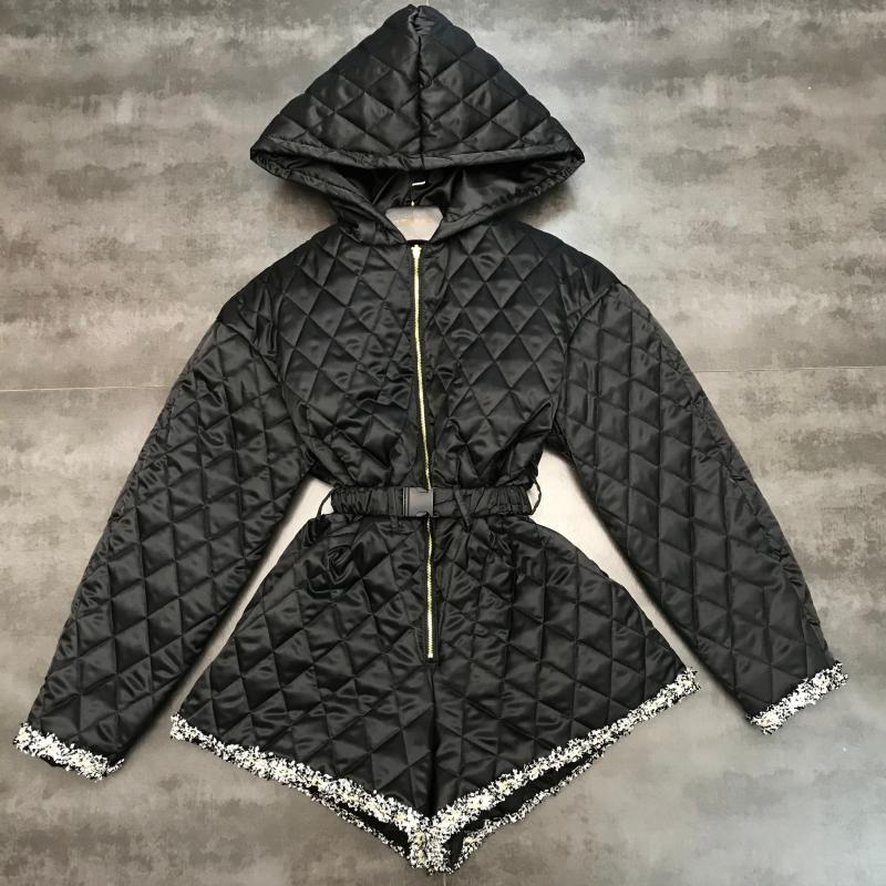 Nouveaux tweed patchwork rembourré écharpes manches longues en coton à carreaux diamant à capuche femme design short slim taille salopette combishort bodysuit